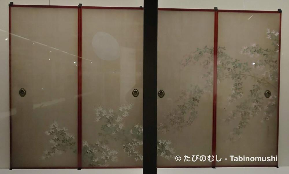 襖絵に描かれた萩と月/ Byobu folding screen