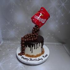 Maltesers drip cake