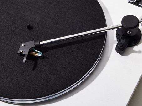 Which Sounds Better, Vinyl or Digital Music