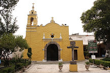 1599px-Templo_Santa_Ursula_Xitla,_frente