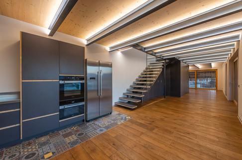 cuisine et escalier
