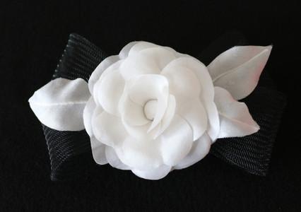 Camélia en soie blanche