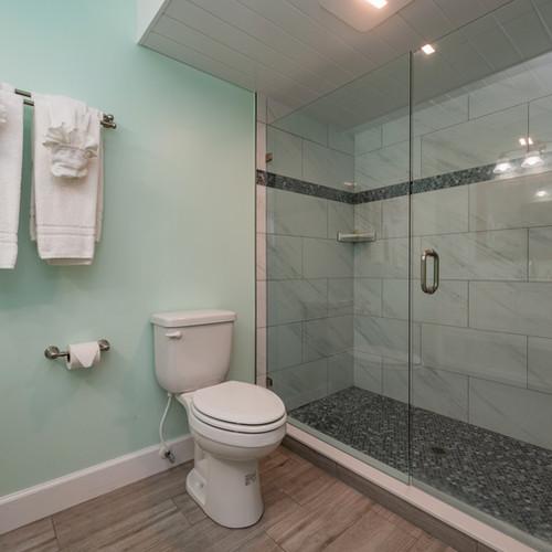 Conch House Marina Motel Bathroom