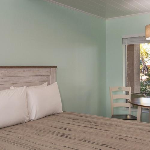 Conch House Marina Motel Poolside Room