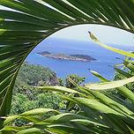 Gîtes la Marlyse en Guadeloupe. Une vue extraordinaire sur la Mer des Caraïbes. www.giteslamarlyse.com