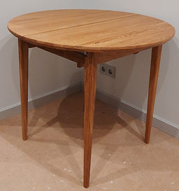 Раздвижной стол из массива дуба_edited_edited.jpg