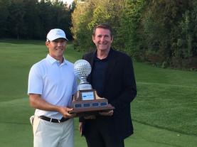 Presenting the winning trophy to Kramer Hickok - Ontario Championships