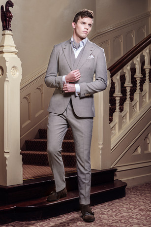CUSTOM MADE SUITS LONDON - MEETS YOUR NEED OF ANY PURPOSE
