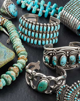 How-to-Wear-Turquoise-Jewelry-and-Look-M