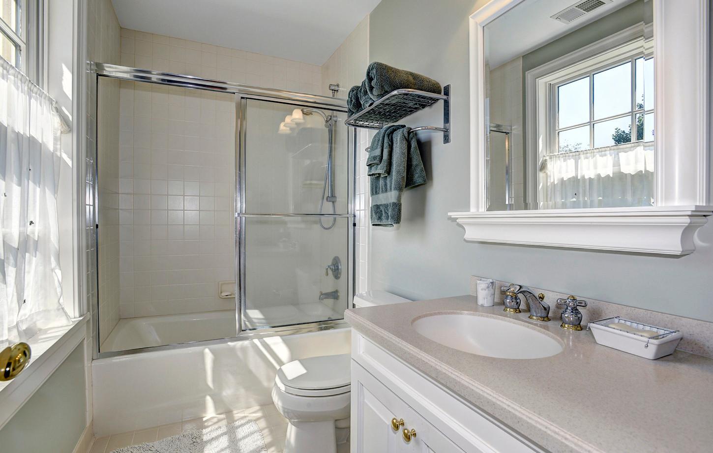 Bathroom off Bedroom #2