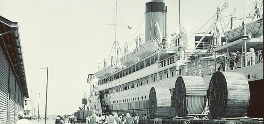 Pal_(Haifa Port 1933)_1200.jpg