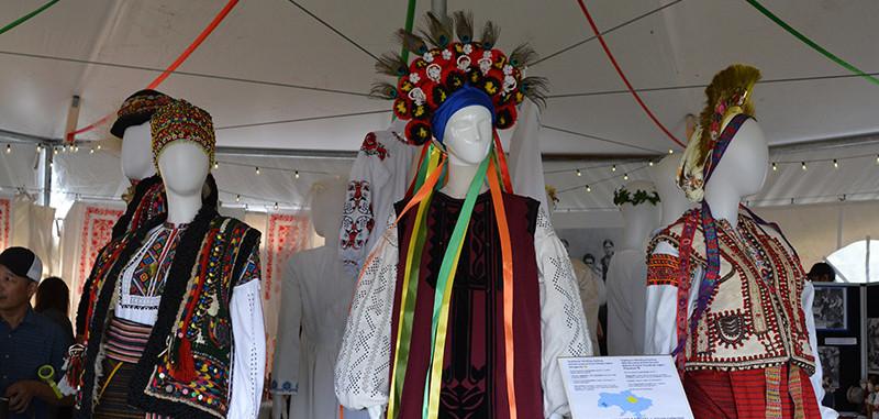 2019-Wedding costumes-1200.jpg