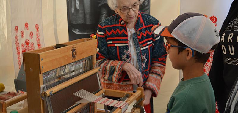 2019-Weaving Ukrainian cloths-1200.jpg
