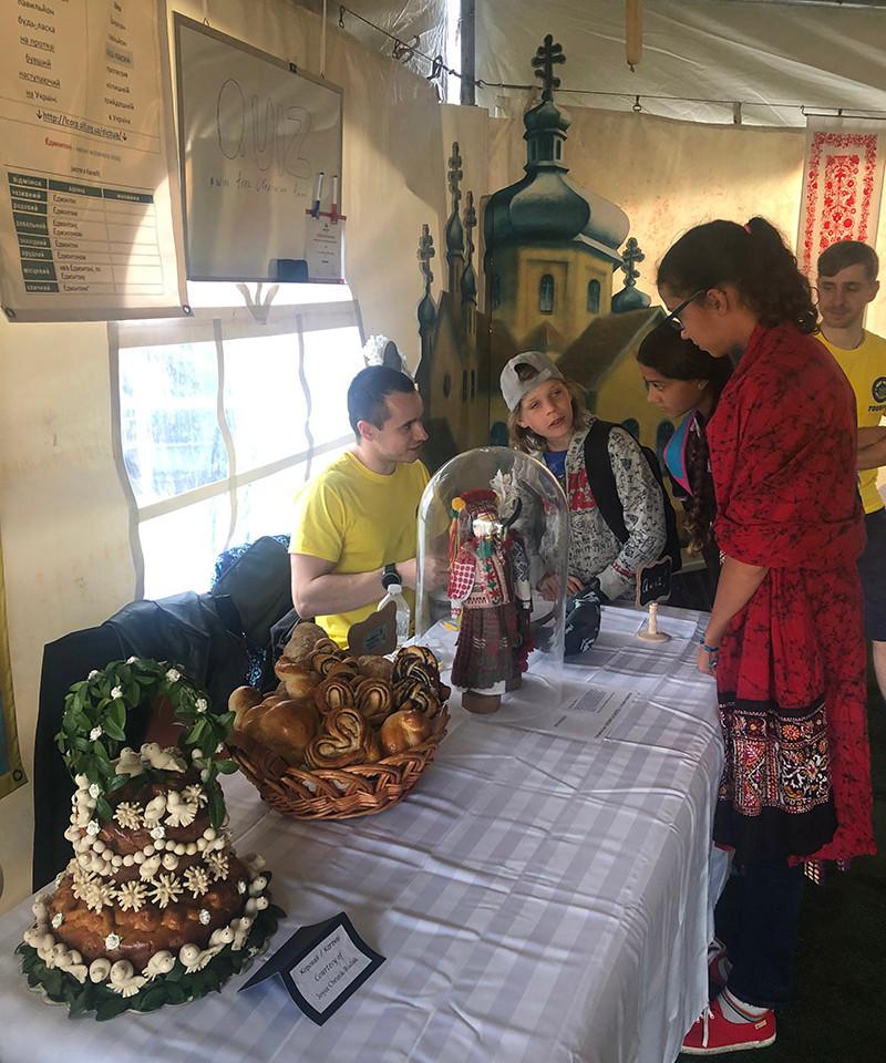 2019-Pavilion visitors participate in an