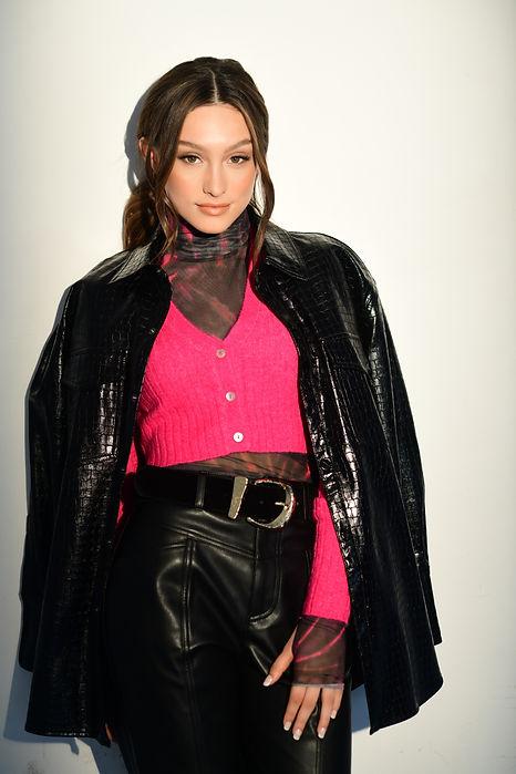 Jennifer Michele by Russll Baer 10.jpg