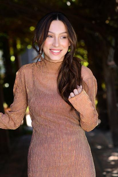 Jennifer Michele By Russel Baer 2 .jpg