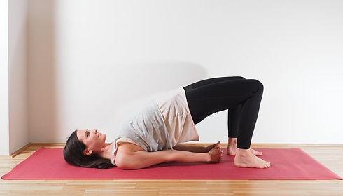 yoga_ruecken_bruecke.jpeg