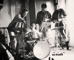 xx musik 2_edited