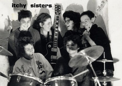 itchy sisters