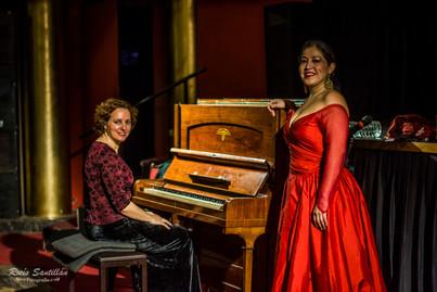 Victoria Lamberti y Jaina Elgueta (Mezzo - Chile)