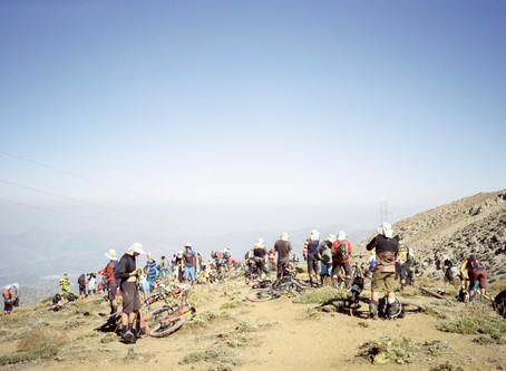 Big job, small tools. An average riders Andes Pacifico.