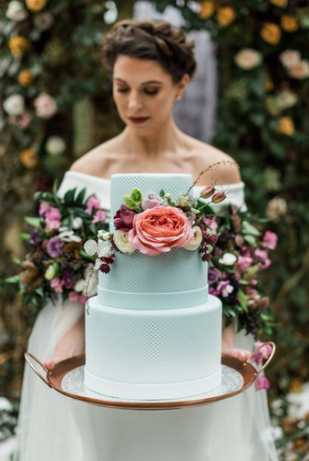Fairy Tale Winter Wedding Inspiration.jpg