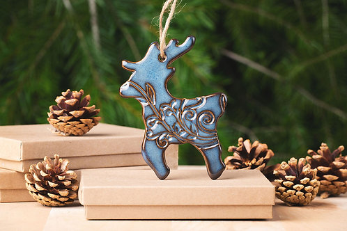 Deer Ornament with Gift Box and Gift Tag