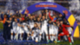 Melbourne Victory celebrate victory duri