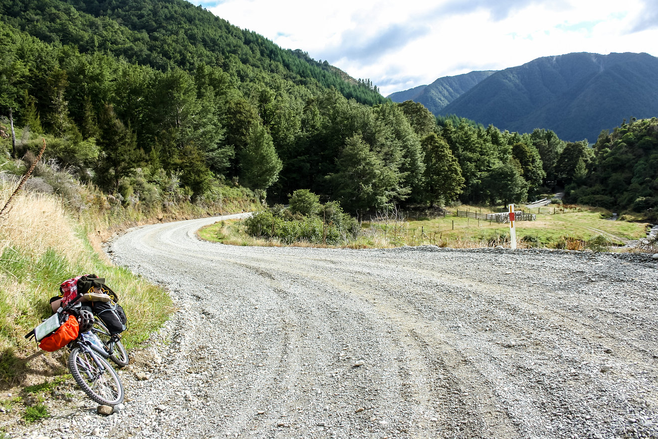 Cycling the Braeburn track new zealand