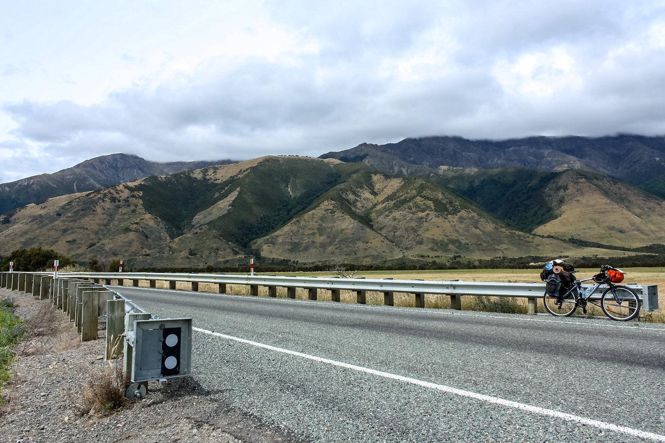 Cycle touring New Zealand blenheim