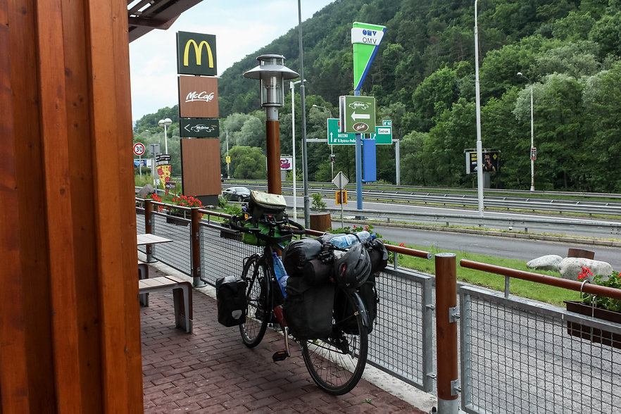Connect to wifi when cycle touring