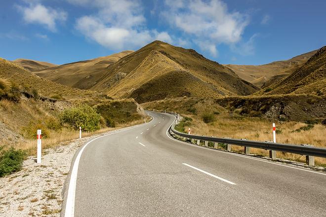Crown range road new zealand