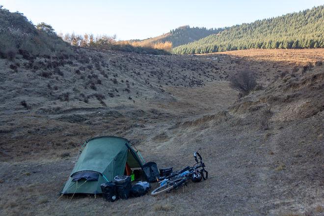 Wild camping China Gansu