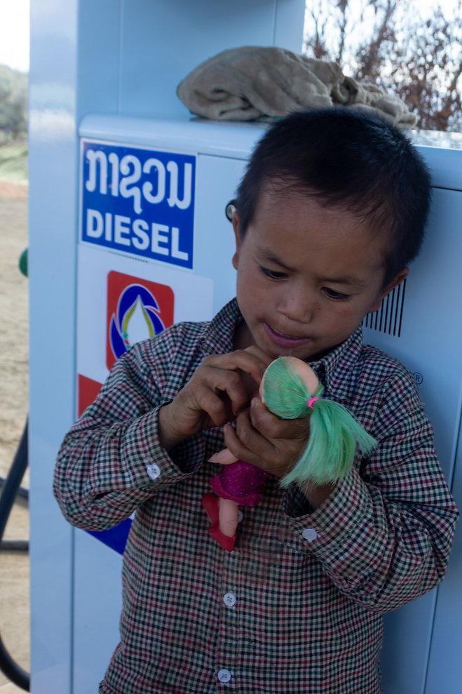 Child Laos
