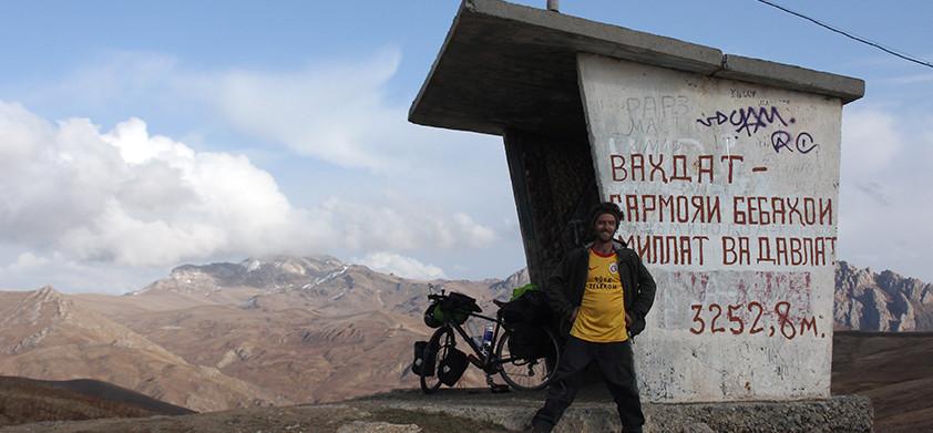 Dushanbe to Khorog - part 1. 3252 metres never felt so high