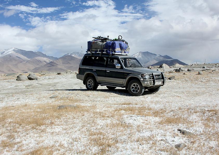 Getting a lif in Tajikistan