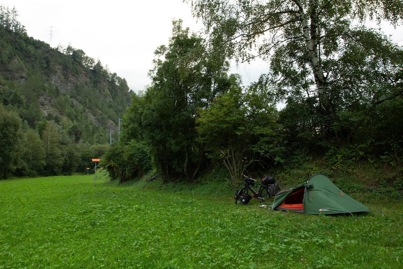 Wild camping Switzerland
