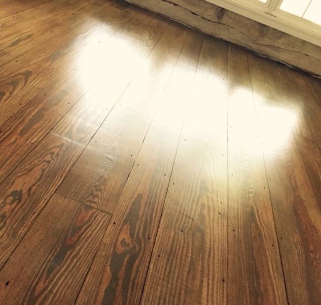 pine-wood-flooring-installed-custom-stain