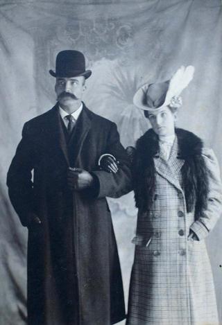 Alexander Robison & Wife Effie Zilla Mills
