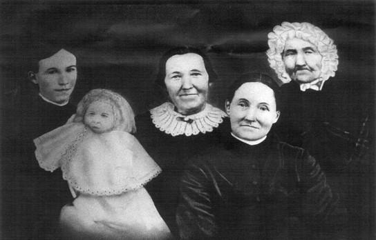 five female generations of Isabel Embleton