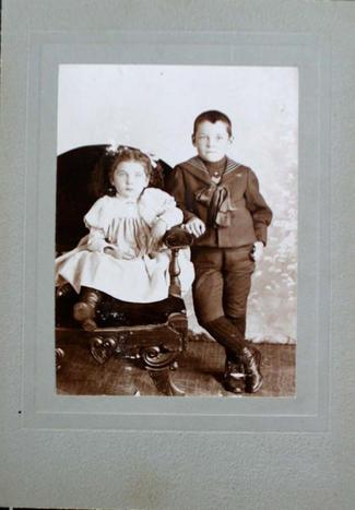 photograph of two unidentifiec children
