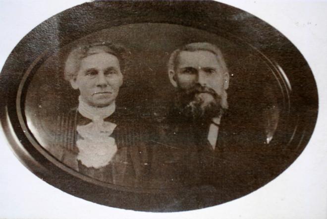 John Mowatt & wife Maria Jane Smith