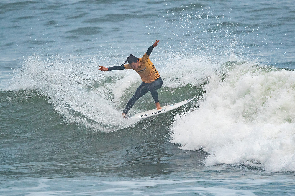 Johanne Defay campeã do Euro Cup of Surfing