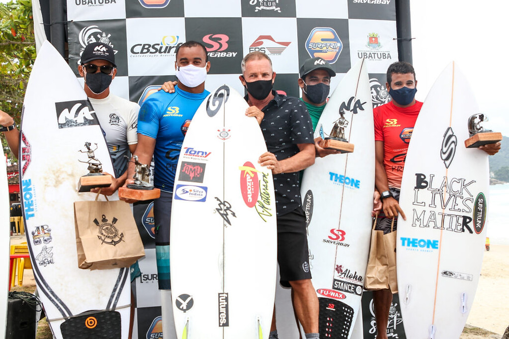 Marcos, Edgard, Wigolly e Igor no pódio do CBSurf Pro Tour 2020