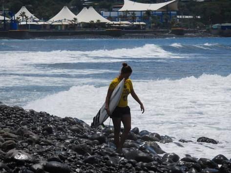 Os Bastidores do Surf Feminino