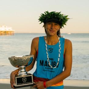 Chloe Calmon fica em terceiro no mundial de longboard e Honolua Blomfield garante seu tricampeonato