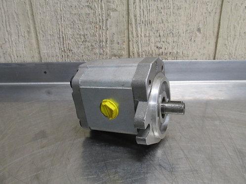 Sunstrand SNM2/17-CI-06-1/7M Hydraulic Gear Motor 1.03 cu.in