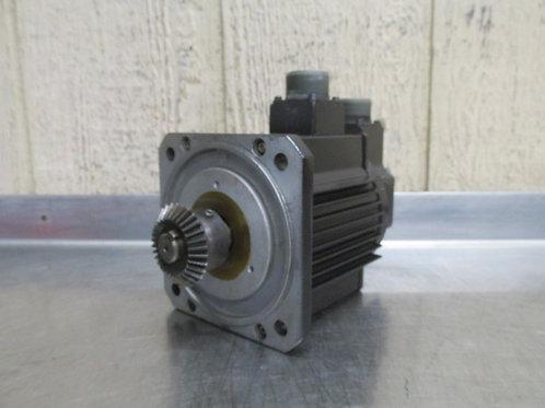 Yaskawa USAREM-05C-E2K AC Servo Motor 3000 RPM 500W
