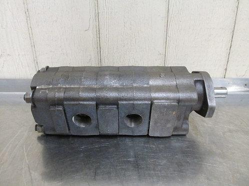 Permco P3000-B583KH-HB15-32ACHB10-1ACZA05-1 Hydraulic 3 Section Triple Gear Pump