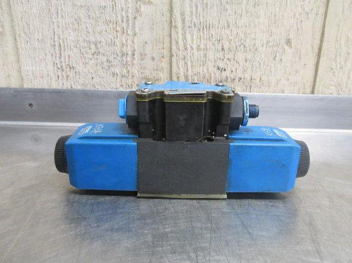Vickers DG4V-3-0C-M-FPM4WL-D7-H7-60-EN623 Hydraulic Solenoid Valve
